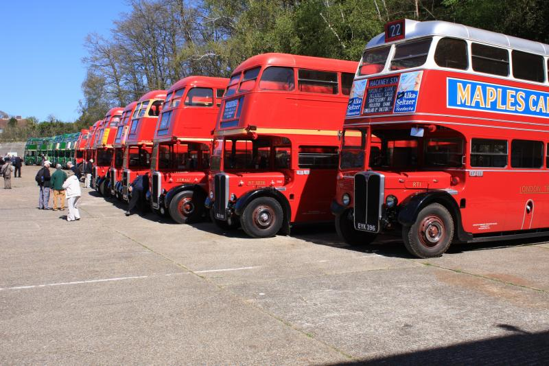 THE RT BUS AND THE DEVELOPMENT OF ALDENHAM WORKS